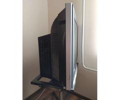 Телевизор LG плоский 74 см