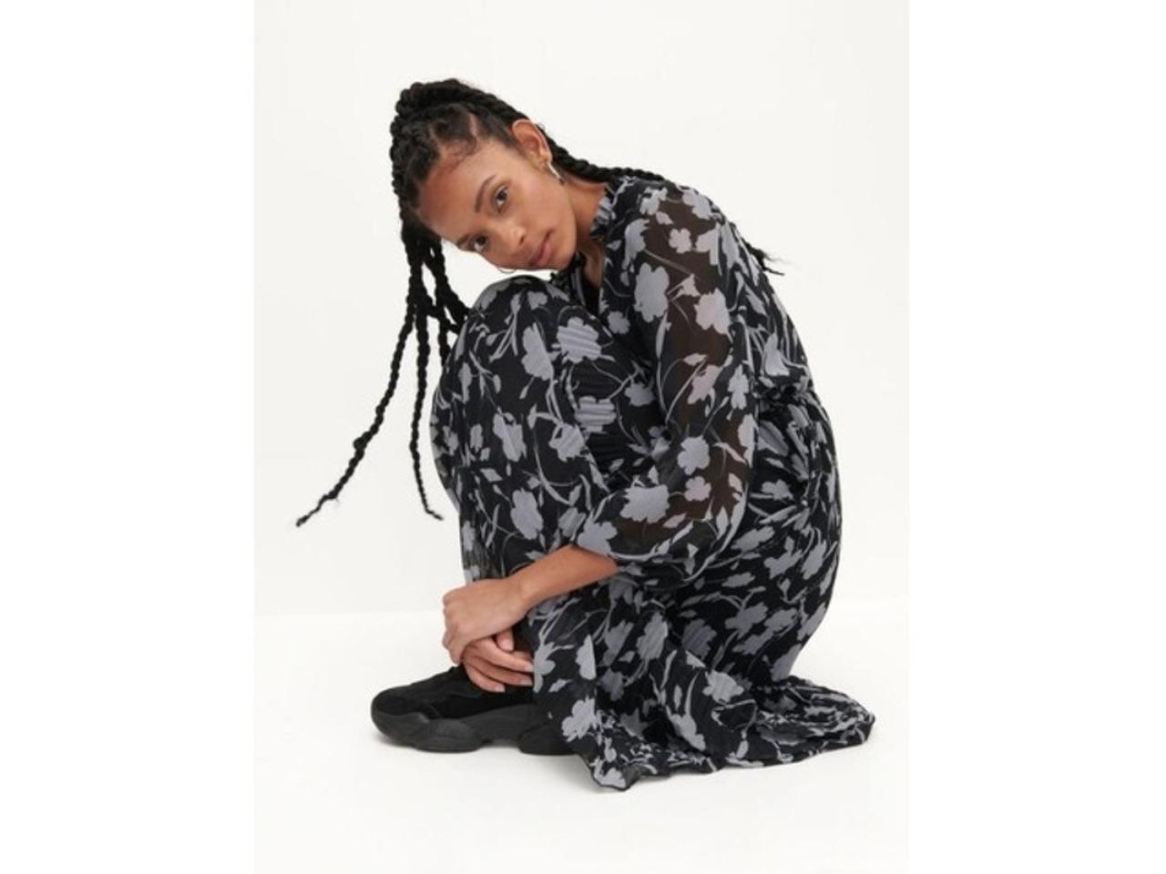 Красивое платье Reserved - 3/4