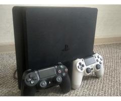 Продаю PlayStation4 slim 250$
